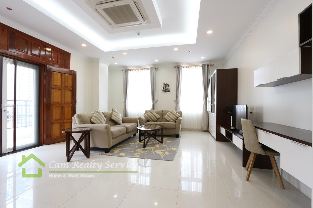 BKK1 area  Spacious 2 bedrooms serviced apartment available for rent  1700$/month  Rooftop pool & Gym
