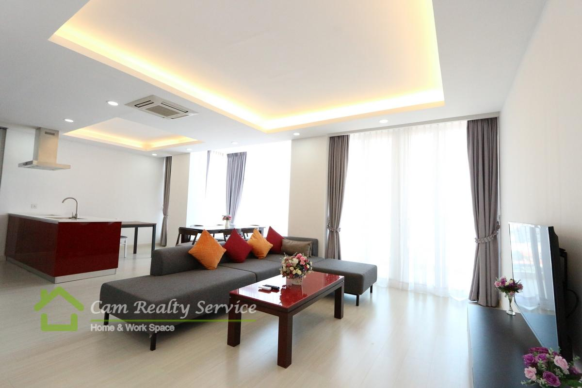 BKK1 area| Very nice 3 bedrooms serviced apartment available for rent|1600$/month up| Rooftop pool & Gym