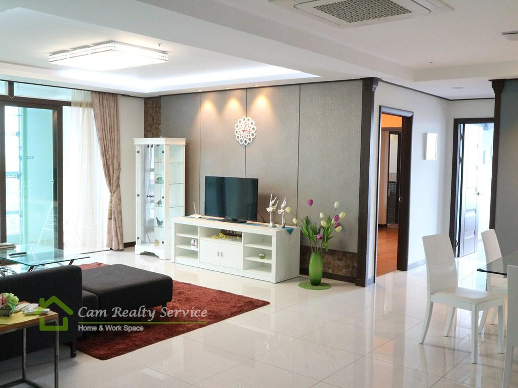 BKK1 area  Spacious 3 bedrooms apartment available for rent  2300$/month up  Pool, gym, steam & sauna