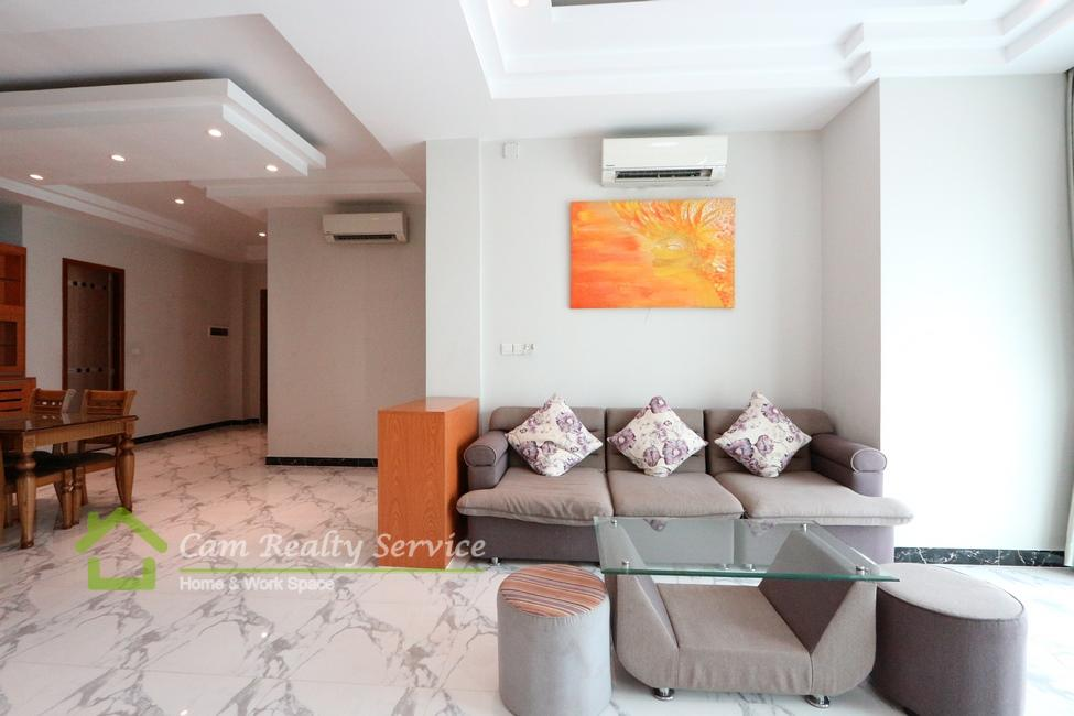 Russian Market area  Western style 2 bedrooms serviced apartment for rent  Pool, gym, Sauna and Jacuzzi