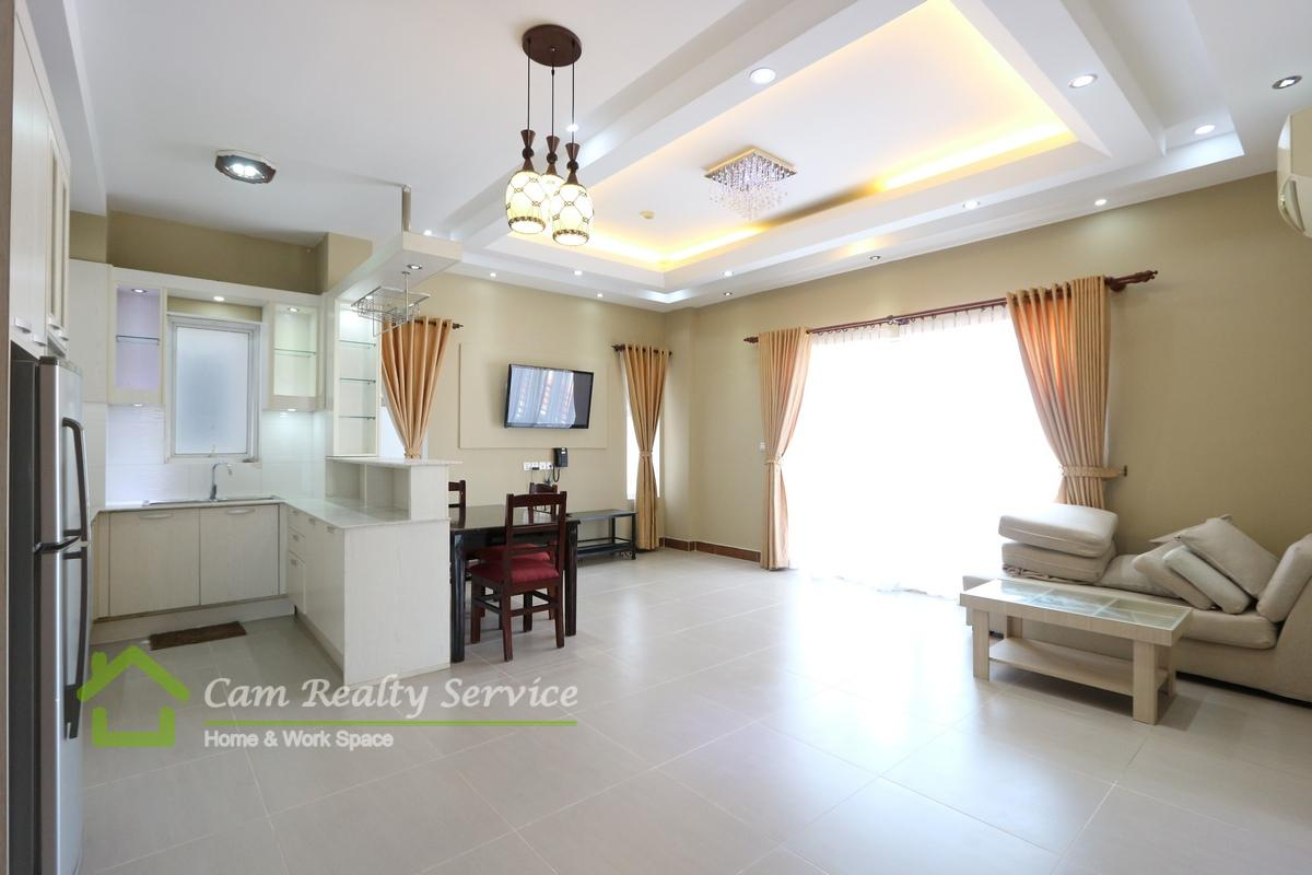 Russian Market  Very nice 2 bedrooms serviced apartment available for rent 700$/month up  Pool & Gym  Phnom Penh
