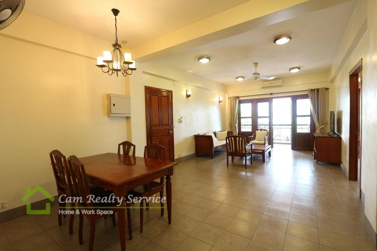 BKK1 area| Khmer traditional style 2 bedrooms apartment available for rent 1000$/month up