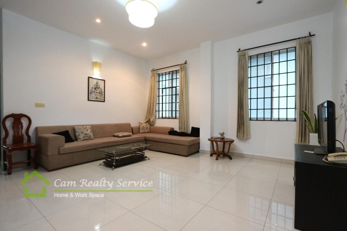 Russian Market area| Very nice 3 bedrooms apartment available for rent| 800$/month| Gym