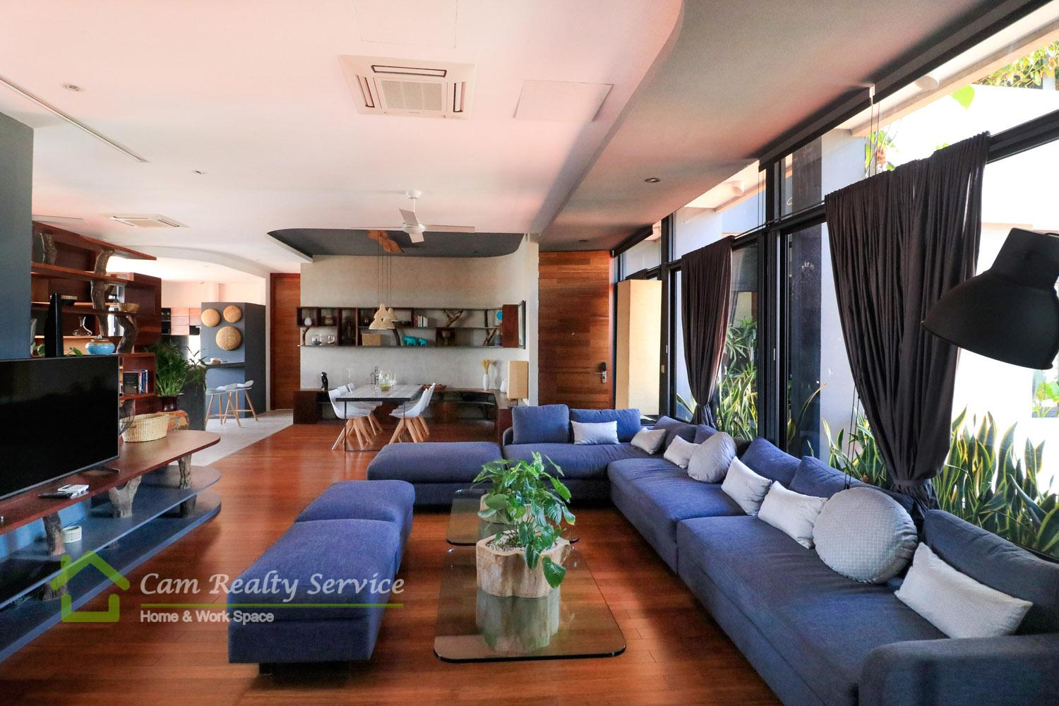 Tonle Basaac area  Amazing designed 3 bedrooms fully serviced apartment for rent  3900$/month