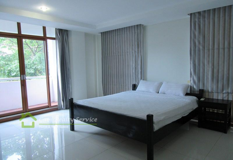 Central Market Area  Beautiful 2 Bedrooms Pen House Serviced Apartment Available For Rent 1700$/Month (Swimming Pool, Gym, Sauna, Big Private Balcony)