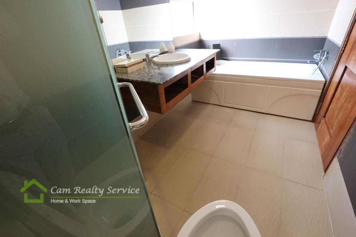 bathroom_2 bedrooms serviced apartment for  rent in BKK1