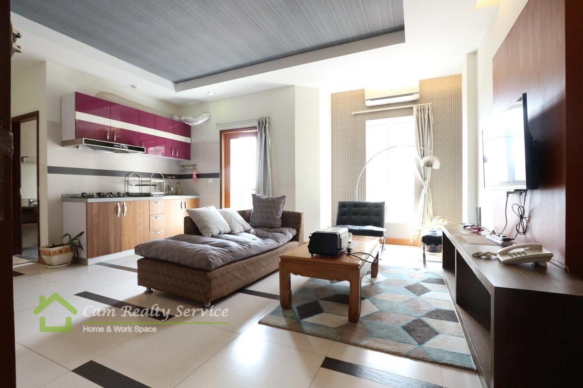 BKK1 area  Modern style 1 bedrooms serviced apartment for rent  800$/month up  Rooftop pool, gym, steam & sauna