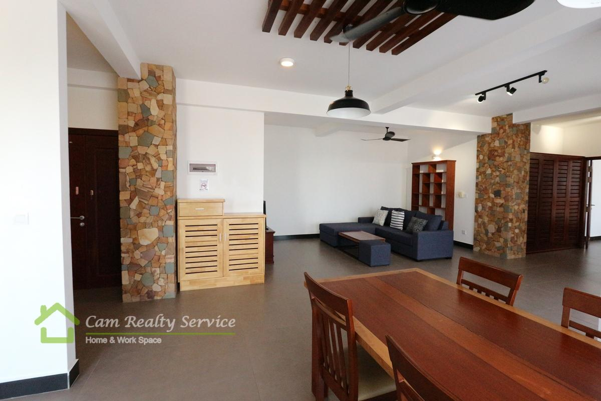 Southern Tonle Bassac area  Spacious 1 bedroom serviced apartment available for rent  900$/month up  Rooftop pool & gym