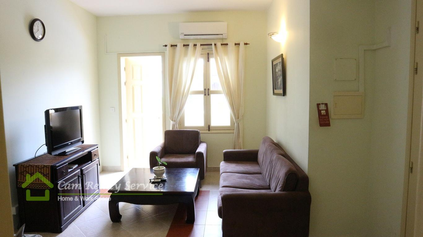 Toul Kok Area  The spacious 2 bedroom serviced apartment available for rent 700$/month