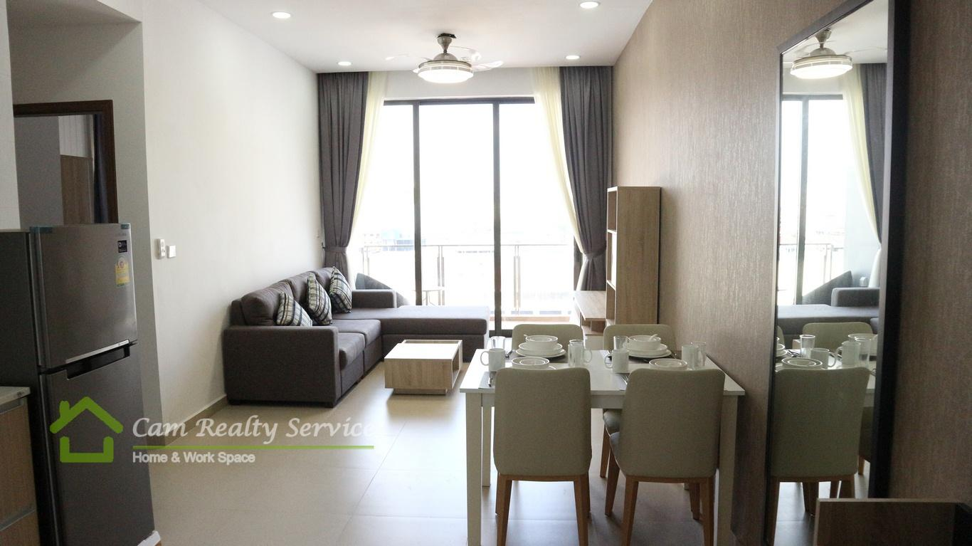 BKK3 (Close to BKK1 area)  Modern style 2 bedrooms serviced apartment available for rent  950$/month  Pool & Gym
