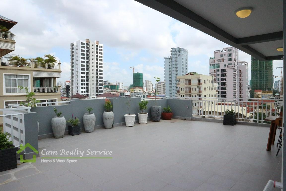 BKK3 area| Very nice 1 bedroom apartment available for rent with amazing balcony| 400$/month