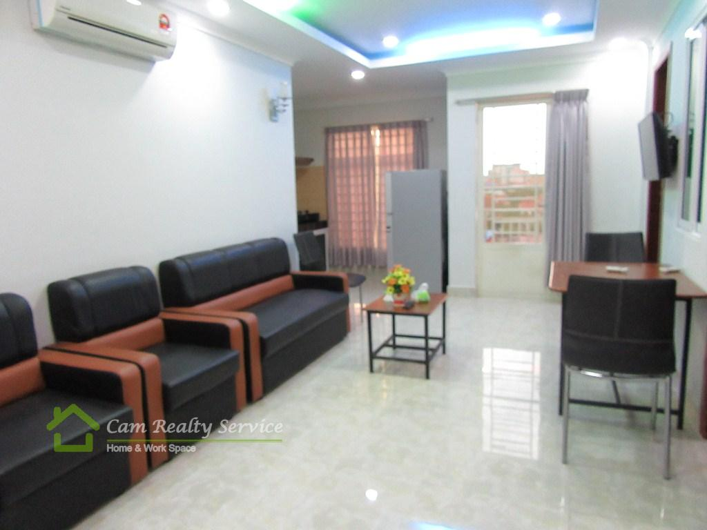 Toul Kork Area  Very nice 3 bedrooms apartment available for rent 550$/month