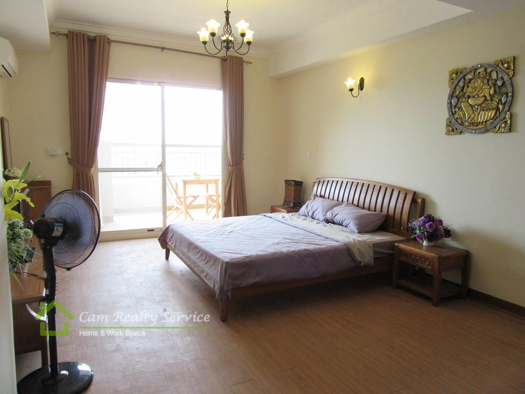 Tonle Bassac area| Modern style 1 bedroom apartment available for rent| 650$/month up| Swimming pool & Gym