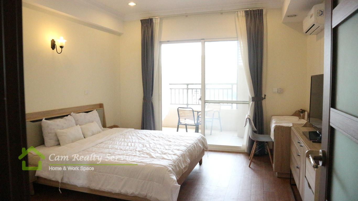 Tonle Bassac (Close to Naga World)| Western style studio serviced apartment for rent| 600$/month up| Pool & Gym