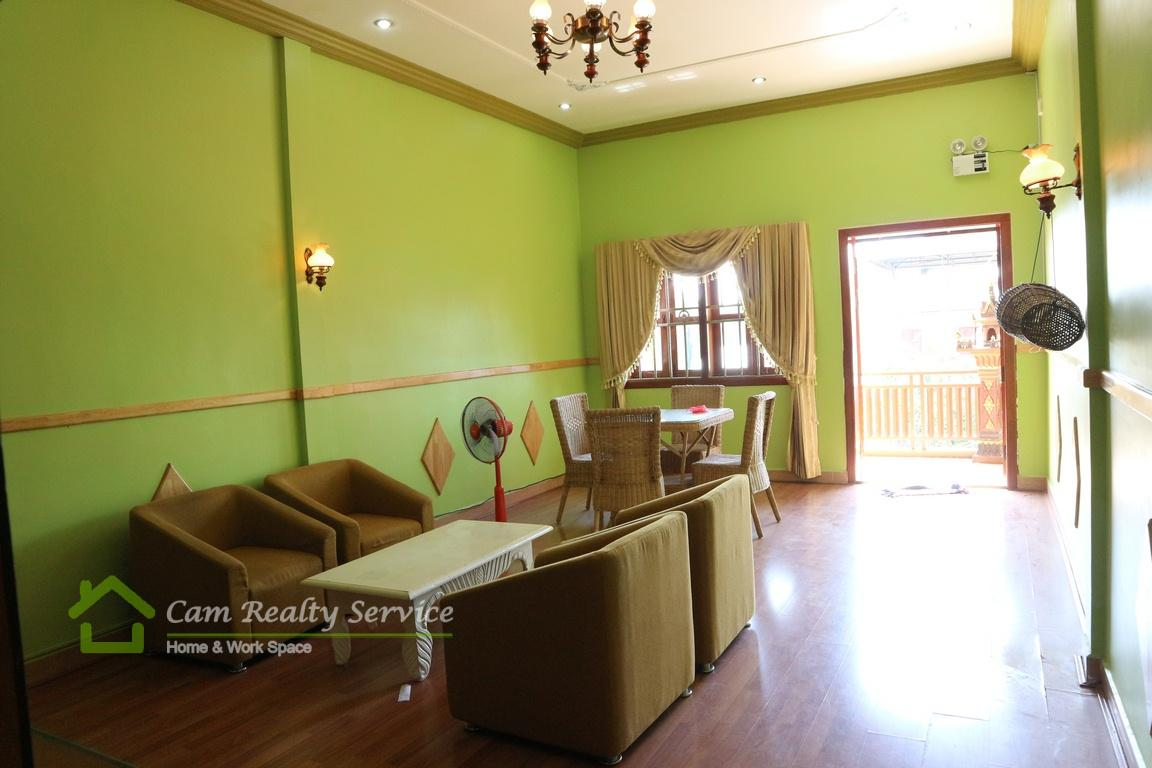 Toul Sleng  Very nice 3 bedrooms town-house available for rent  450$/month