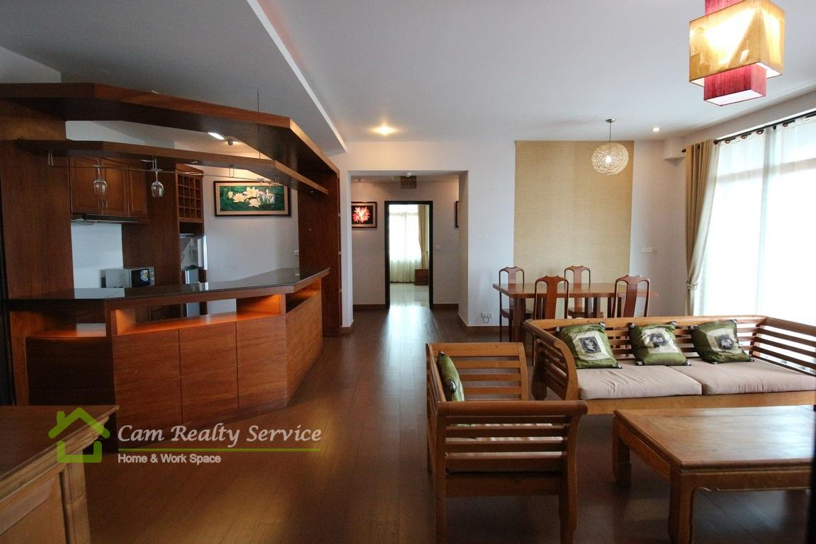 Toul Kork Area| The spacious 3 bedrooms serviced apartment available for rent 1200$/month