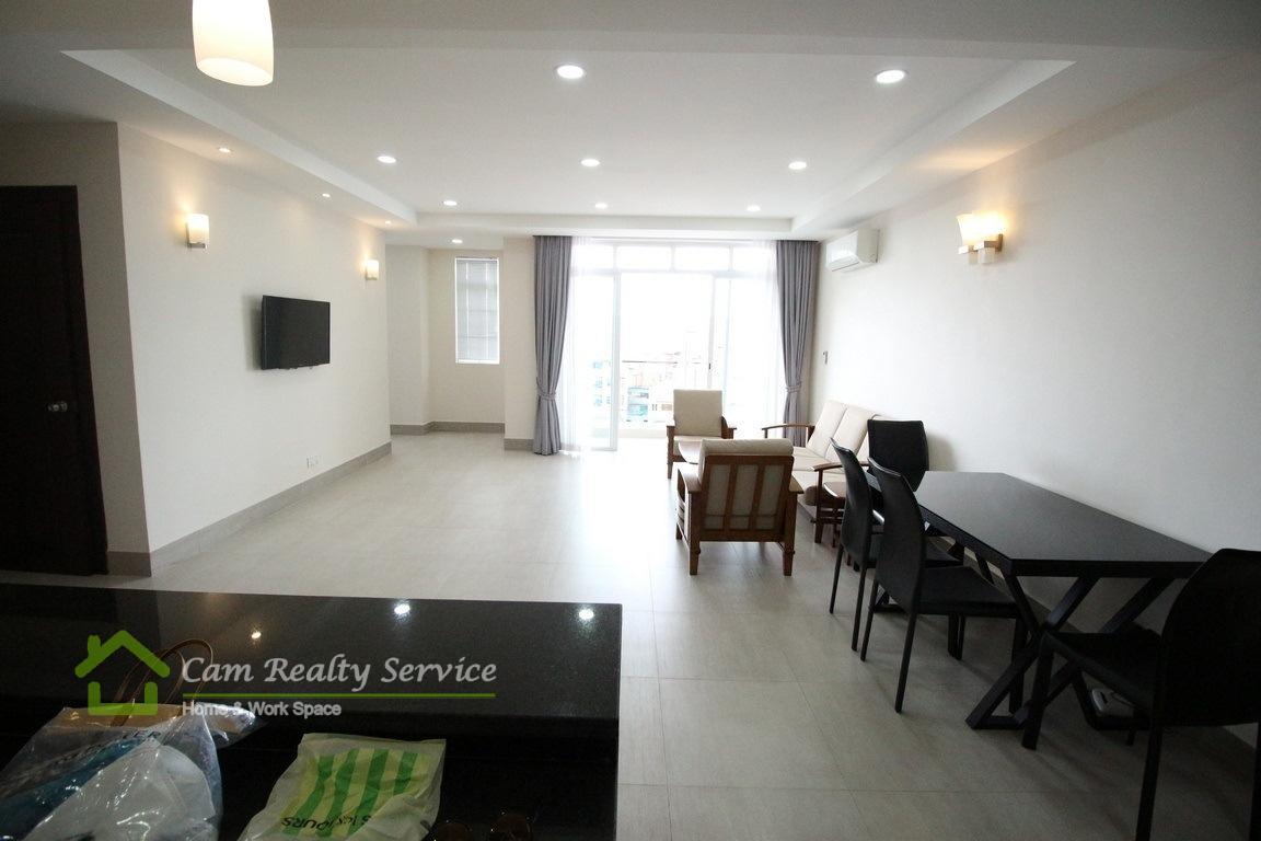 Toul Sleng (BKK2)| Spacious and nice 2 bedrooms apartment available for rent| 800$/month | Gym
