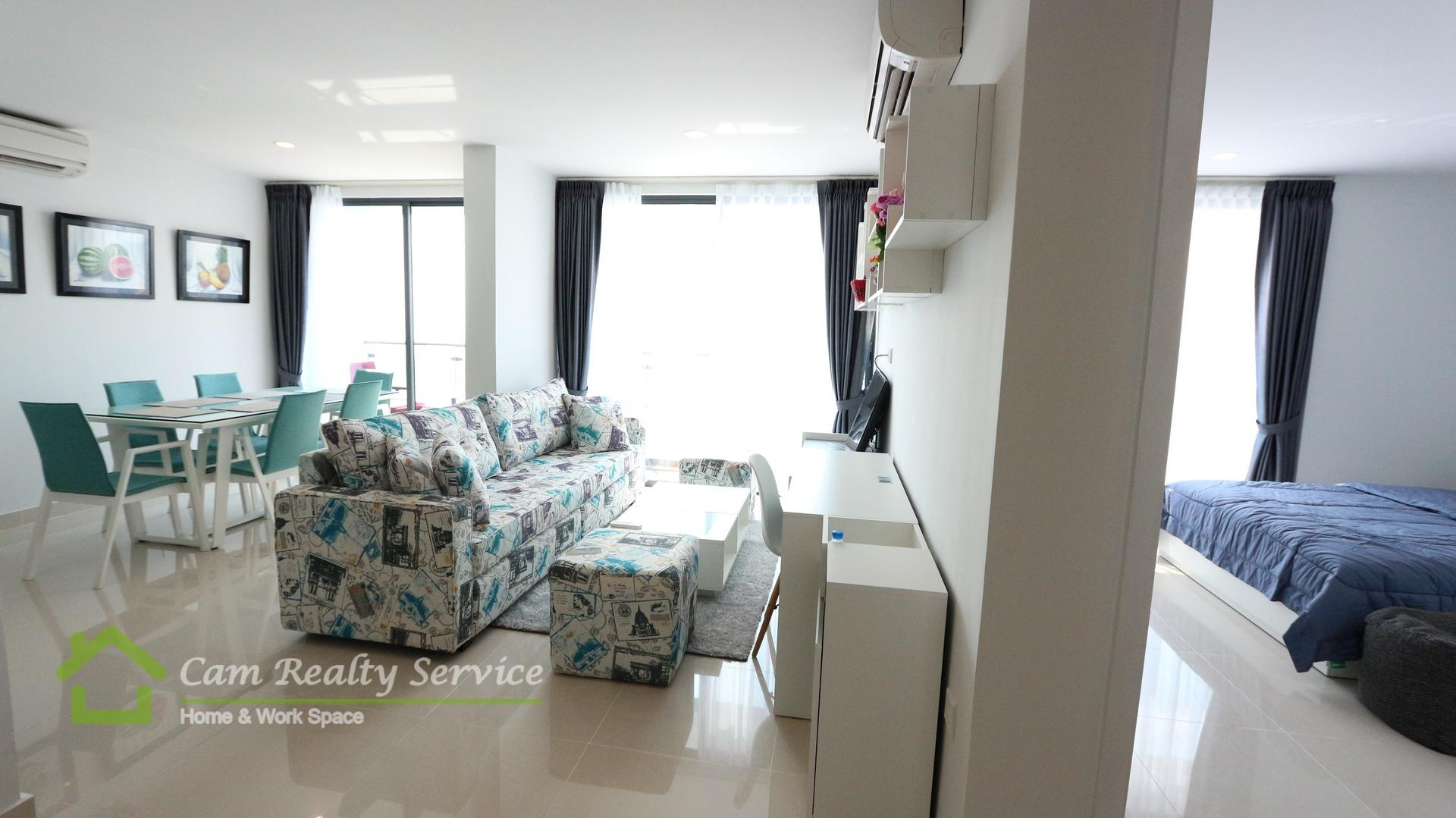 Tonle Bassac area| Beautiful 4 bedrooms penthouse for rent on 45th floor (Top Floor)| 2900$/month