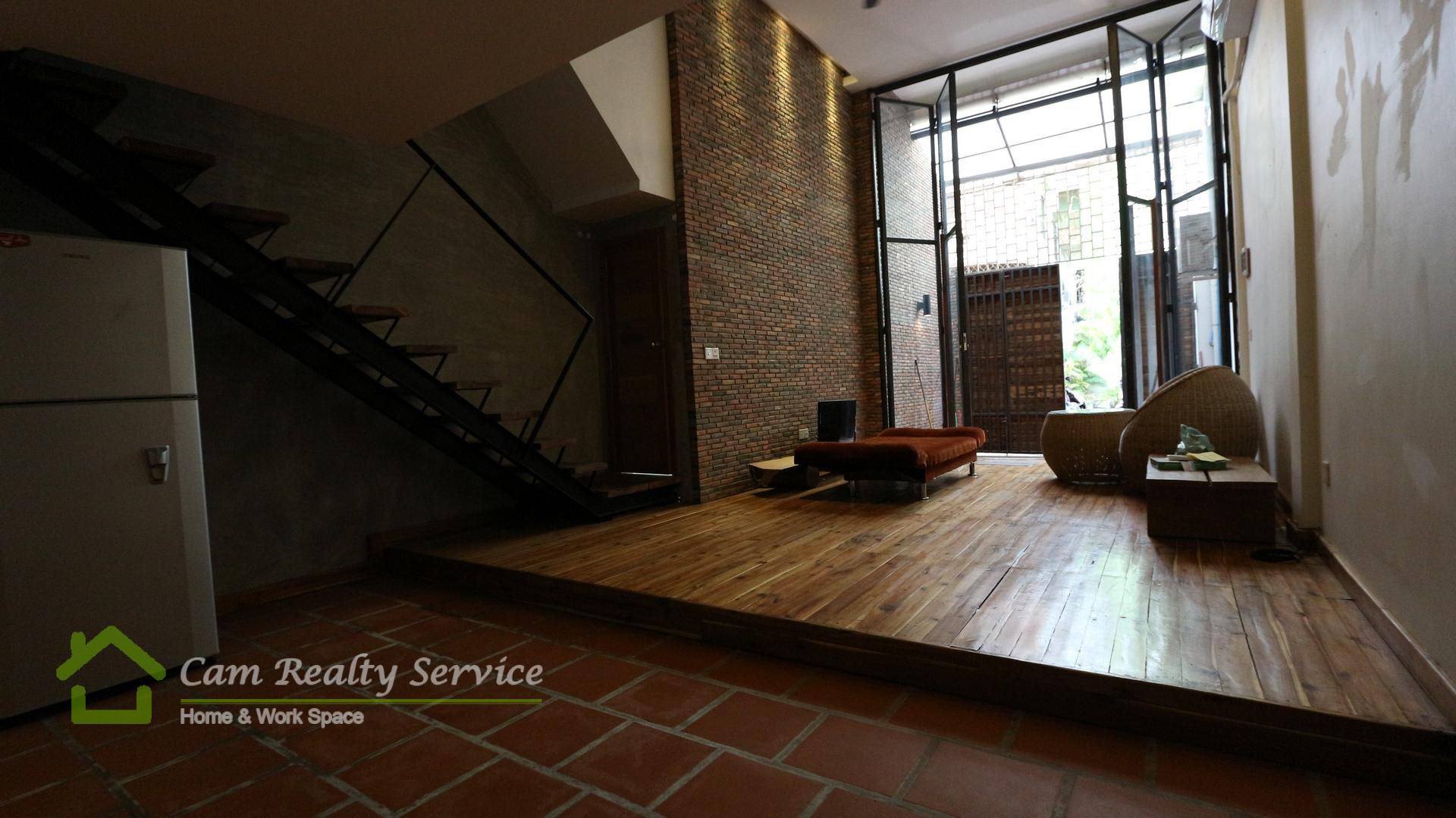 Bassac Lane area| Western style duplex 1 bedroom renovated house available for rent| 700$/month