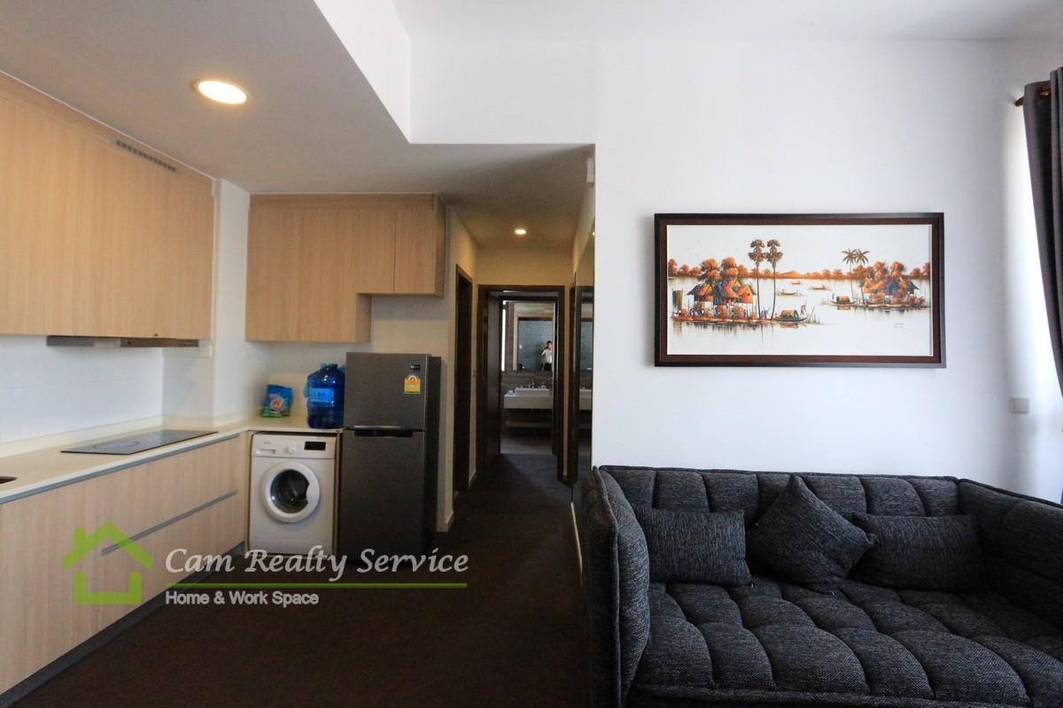BKK3 area  Modern style 2 bedrooms condominium for sale  US$ 165191  Pool & Gym