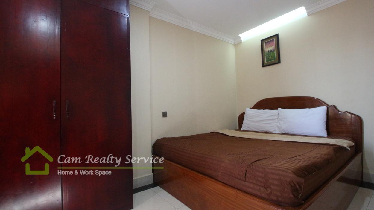Riverside area  2 bedroom 2 bathroom serviced apartment 550$ for rent/month