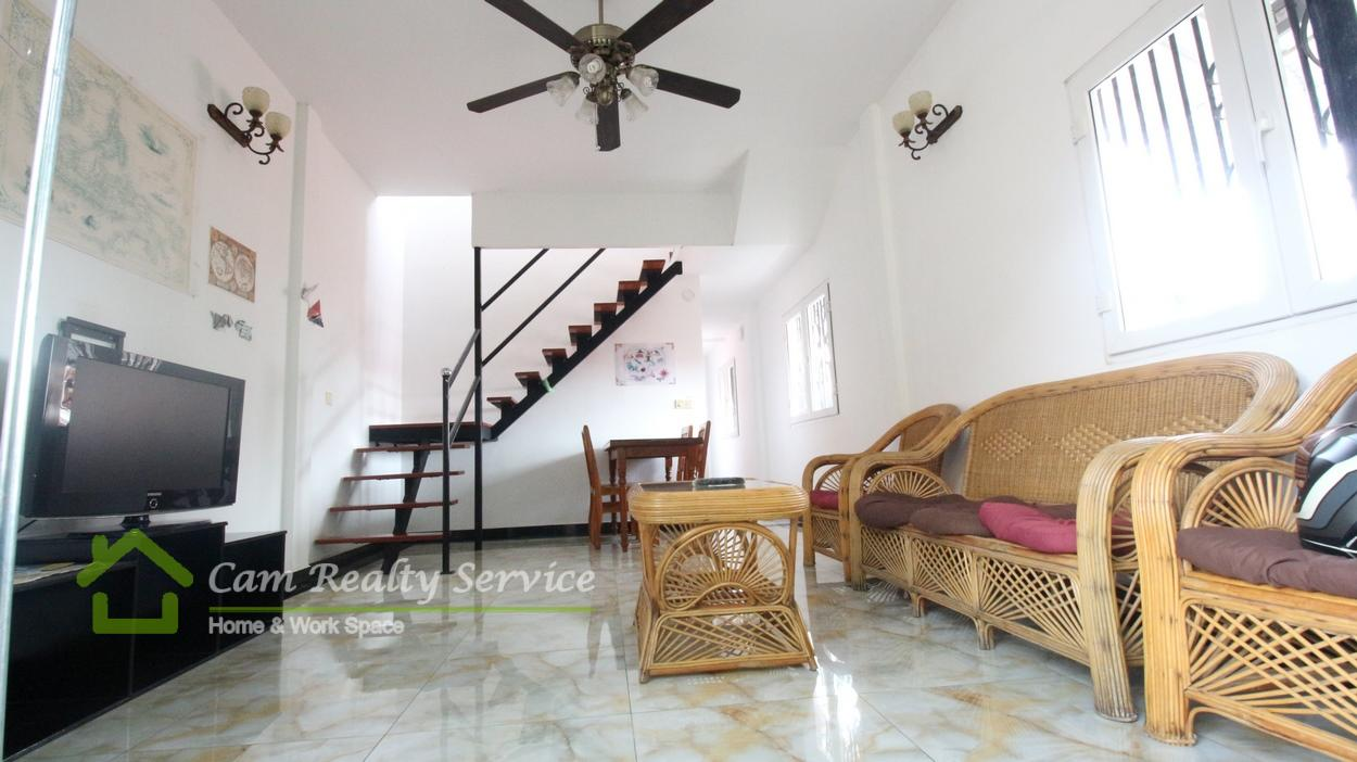 River Side Area|Nice town house duplex style| 3 bedroom 2 bathroom available now for rent 600$/month(No parking)