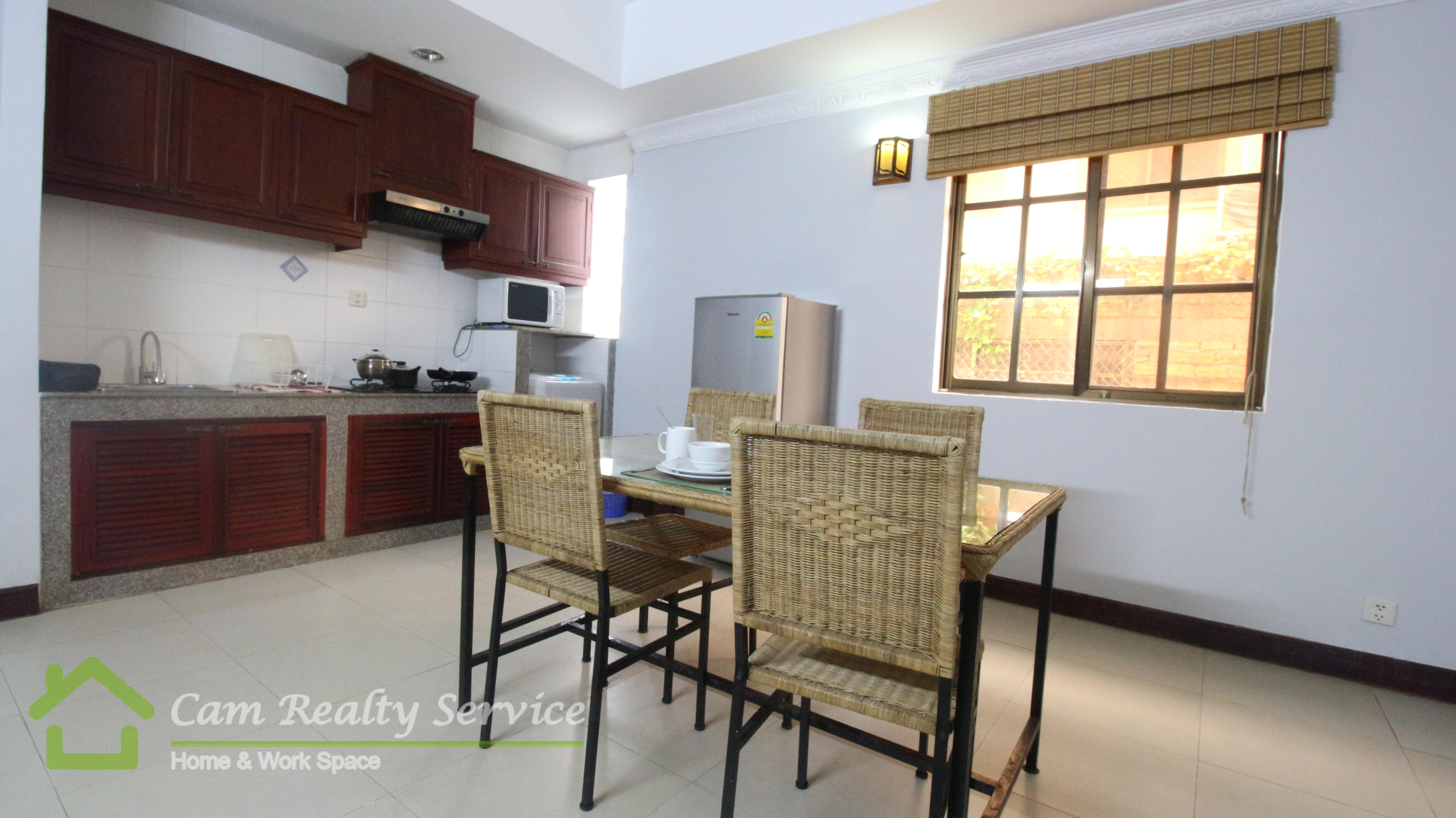 Wat Phnom Area  Modern style 1 bedroom serviced apartment available for rent 500$ up/month car parking 