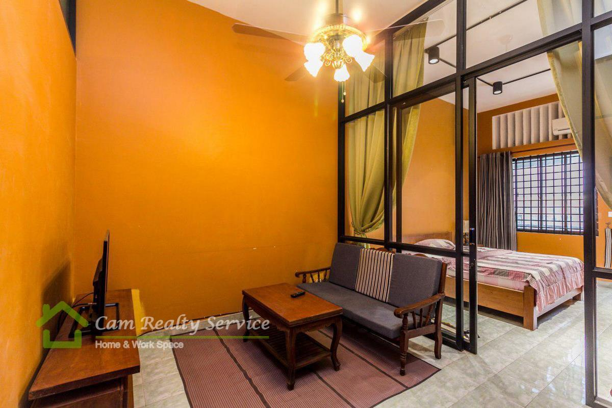 Riverside area| Modern style 1 bedroom town-house available for rent 350$/month