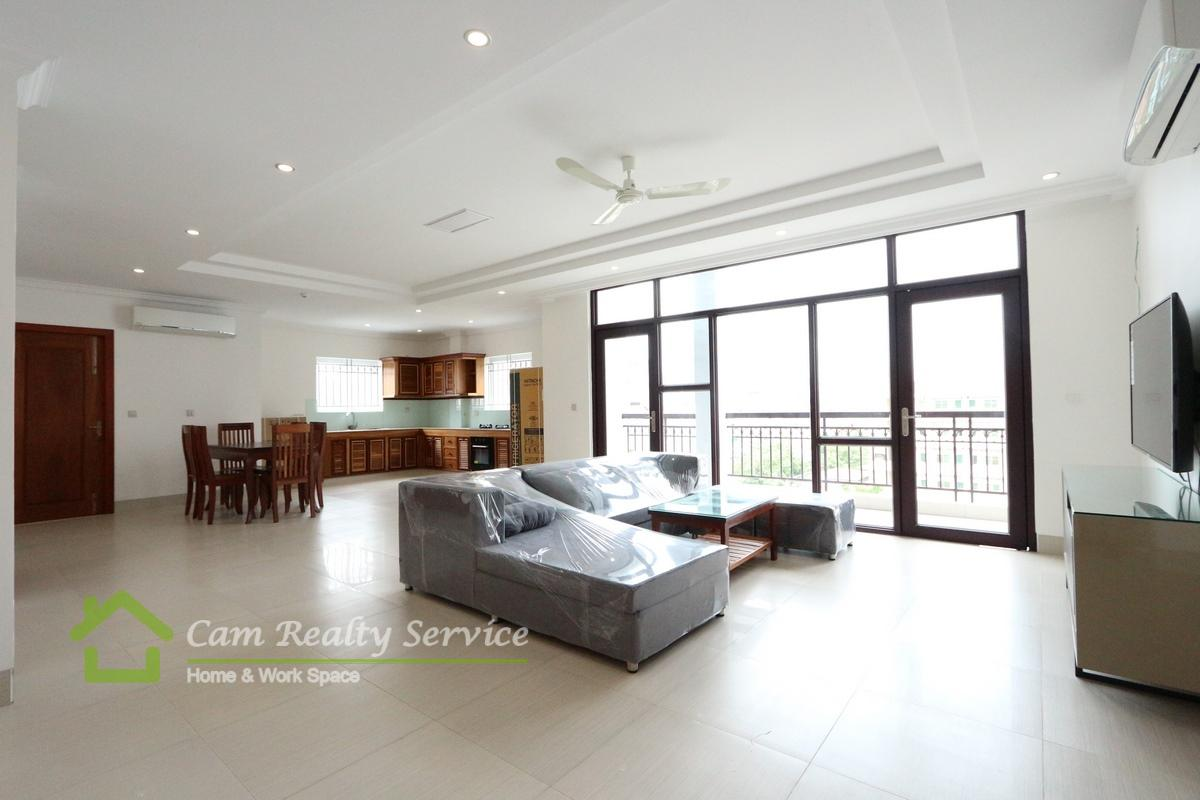 Russian market| Spacious 3 bedrooms serviced  apartment  available for rent|1600$/month up