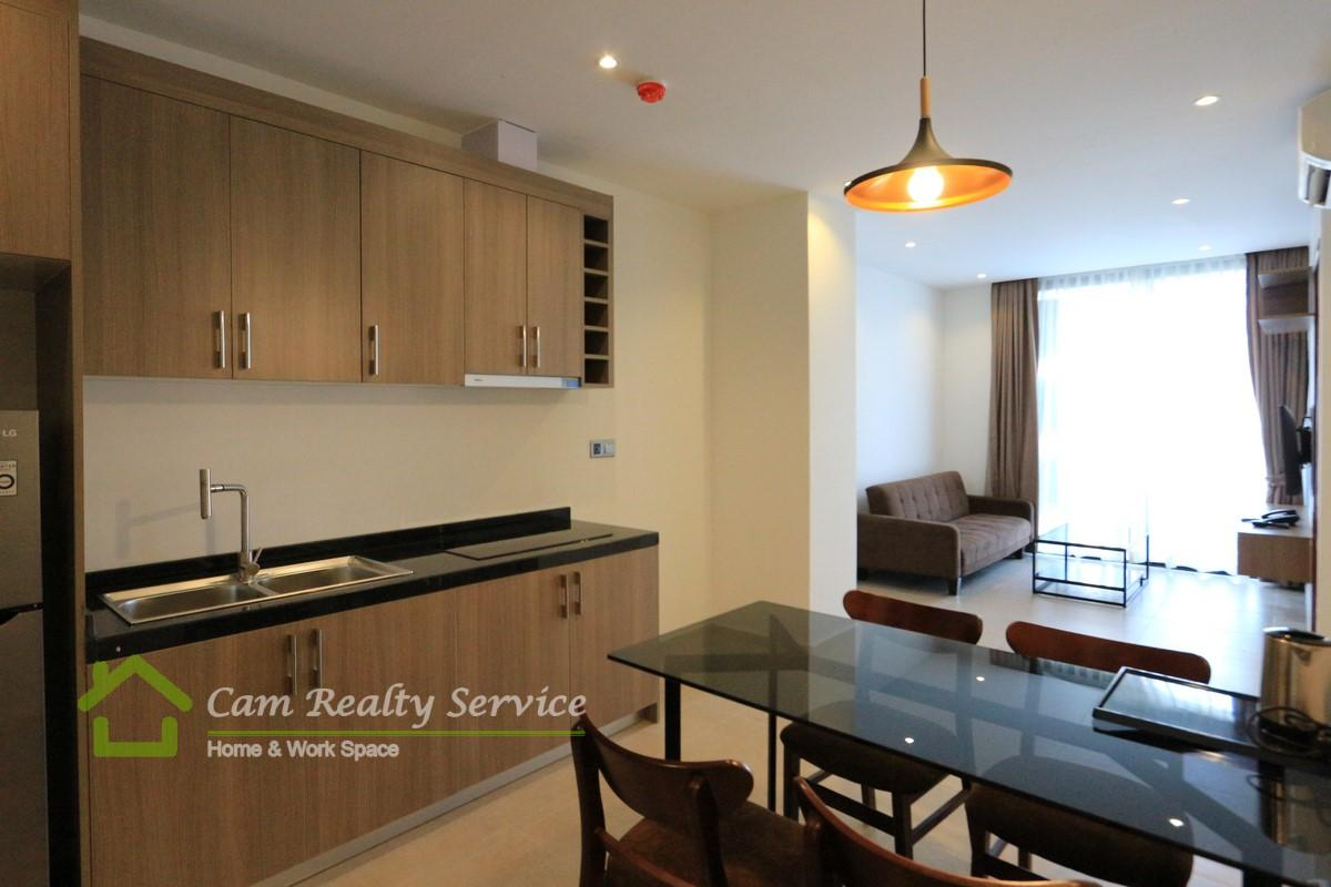 BKK2 area  Modern style 2 bedrooms serviced apartment for rent  800$/month up  Beautiful rooftop pool, gym, steam & sauna