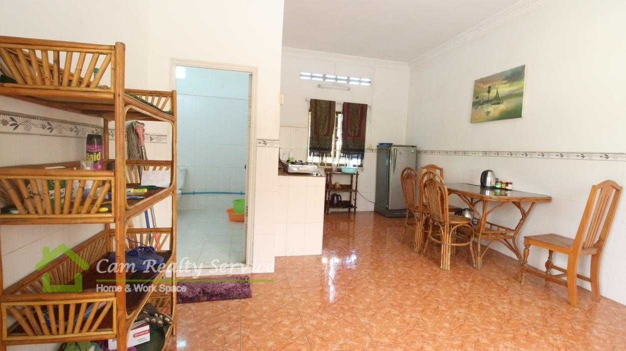 Riverside Area| Nice fully furnished 2 bedrooms apartment available for rent 400$/month(no parking)