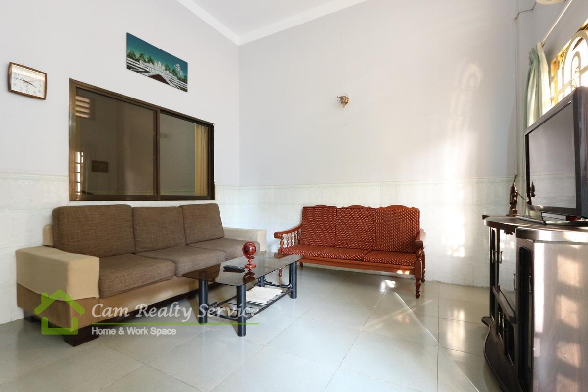 Central market area| Fully furnished| 1 bedroom 1 bathroom for rent 330$/month( no parking)