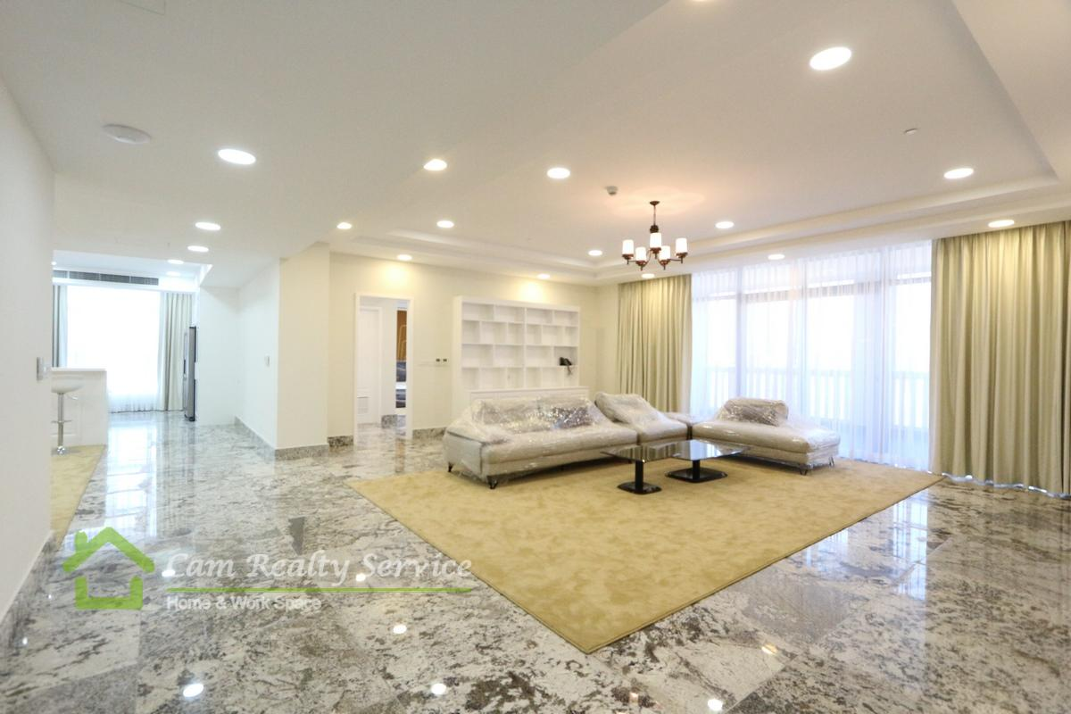 BKK1 area  Spacious 3 bedrooms penthouse serviced apartment for rent  7000$/month