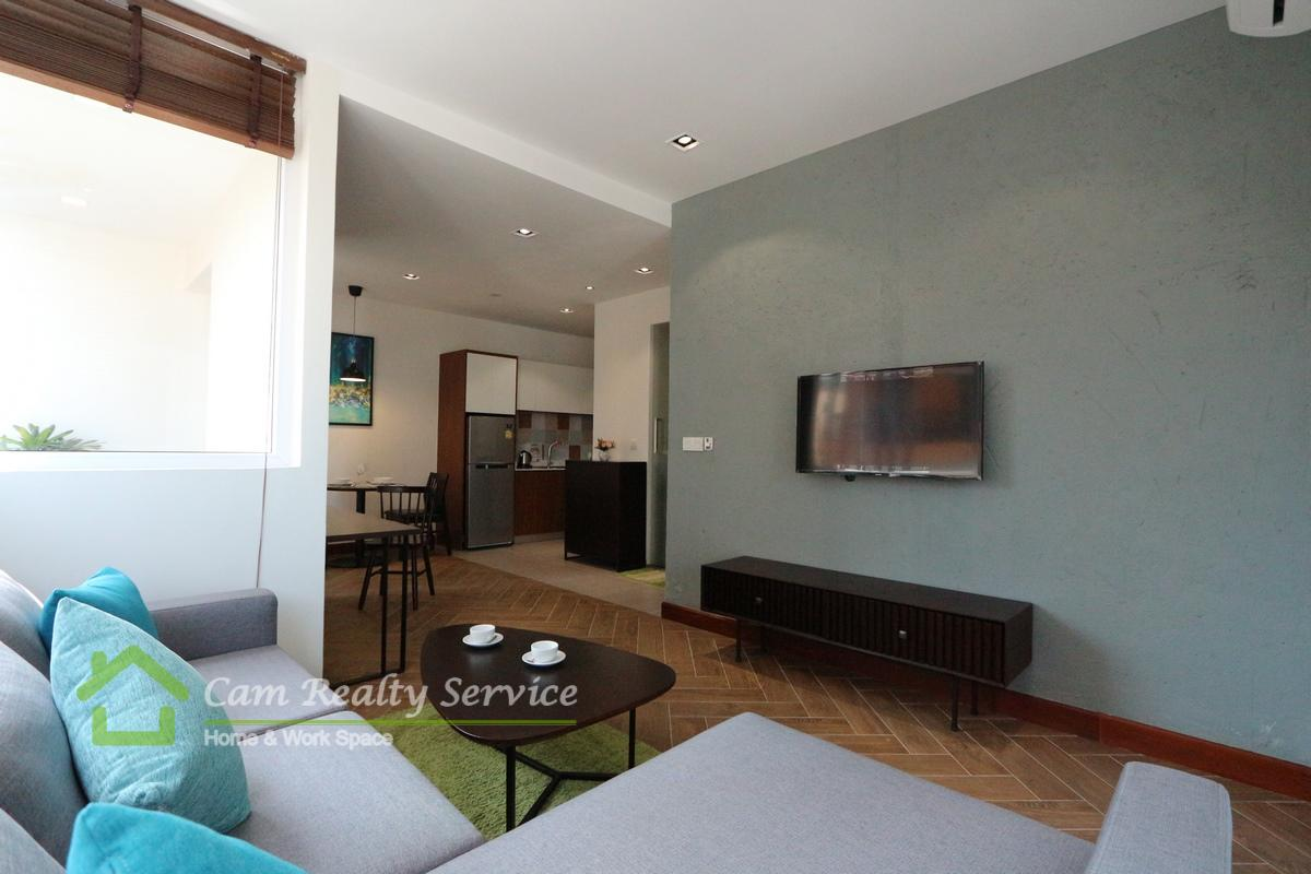 Russian market area  Western style 1 bedroom serviced apartment for  rent  650$/month up  Swimming pool