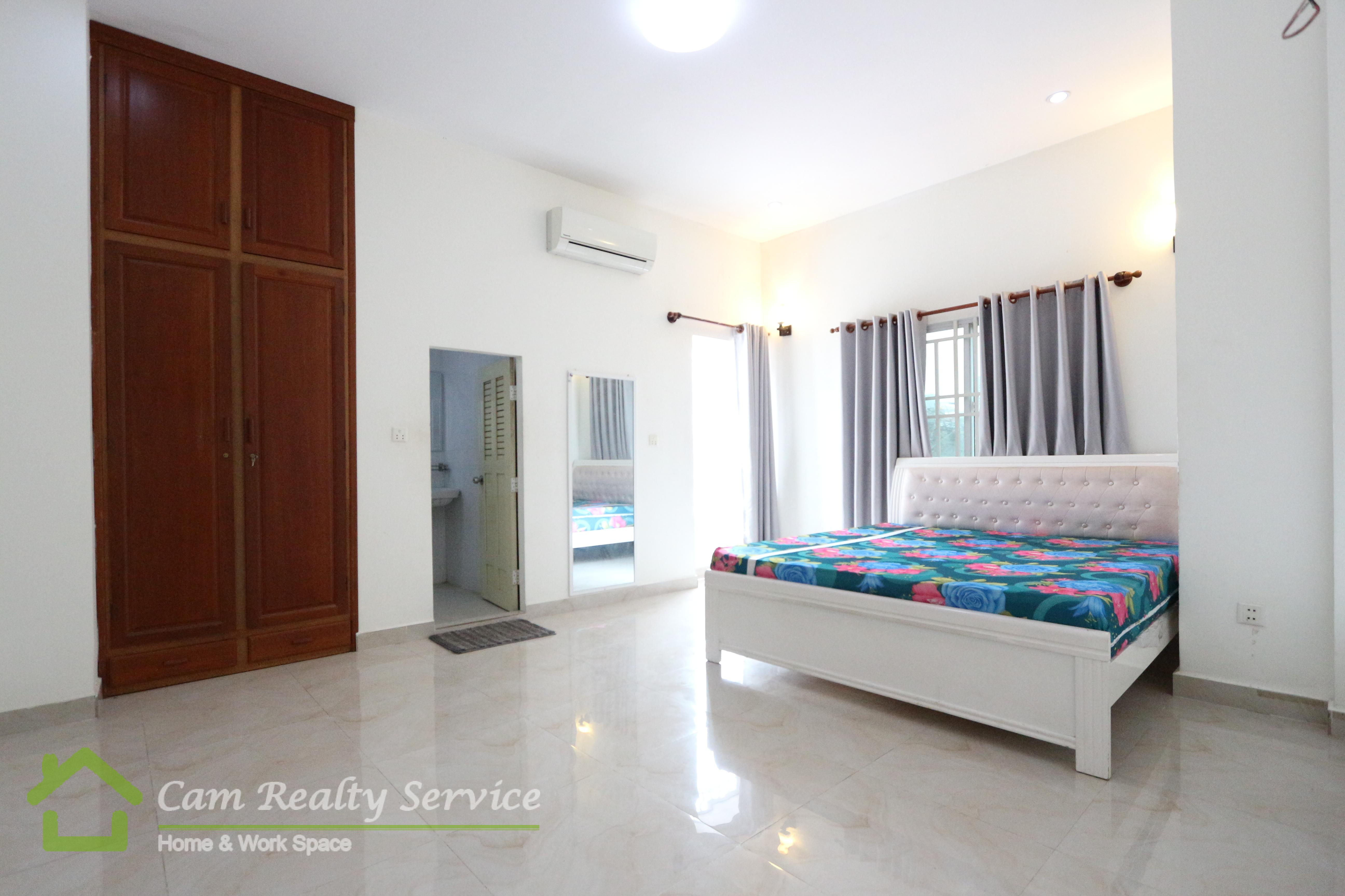 Toul Sleng Area  Nice 2 bedrooms apartment available for rent 500$/month motor parking 
