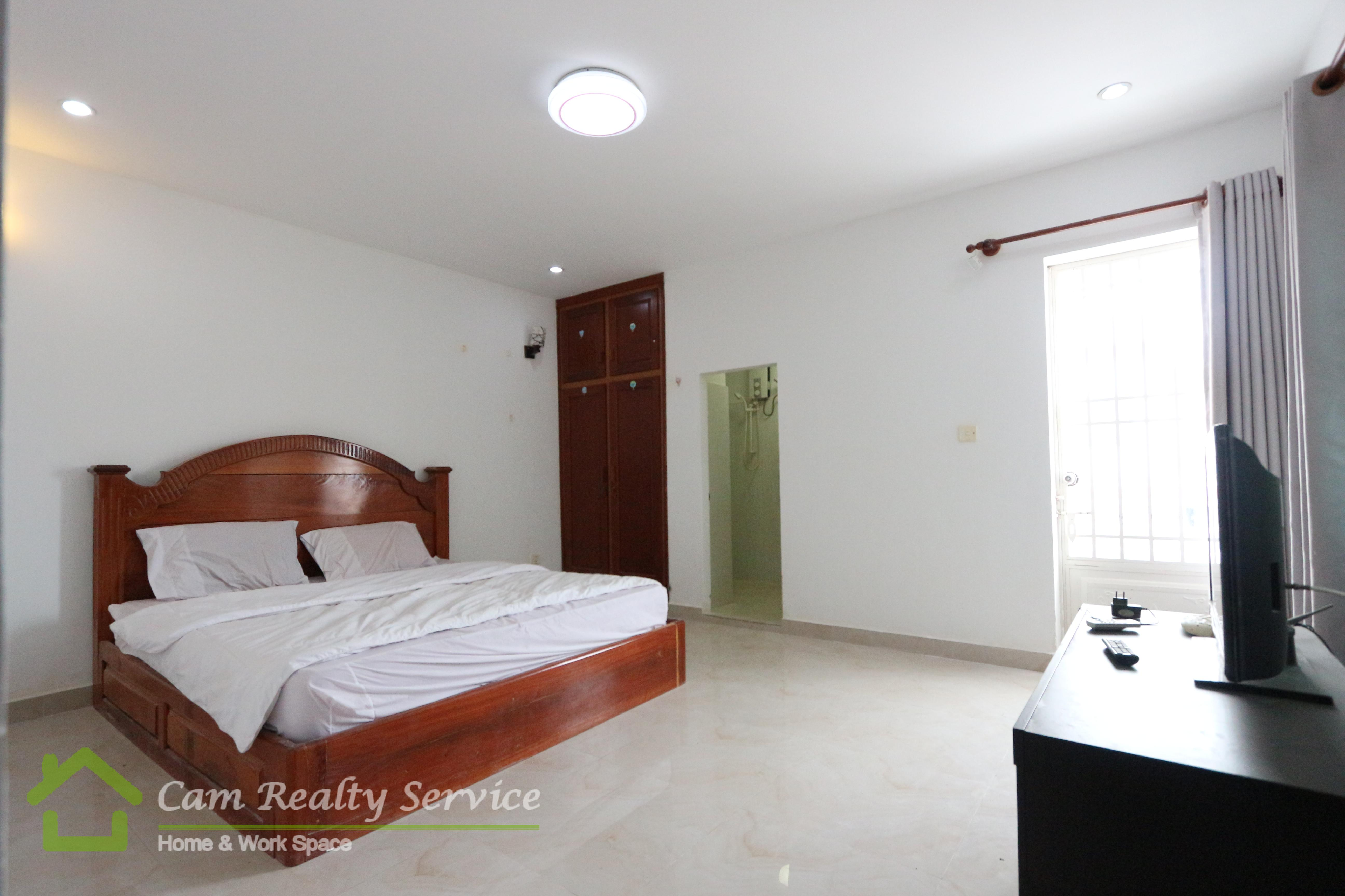 Toul Sleng Area(BKK3)  Nice fully furnished 1 bedroom apartment for rent 300$/month motor parking 