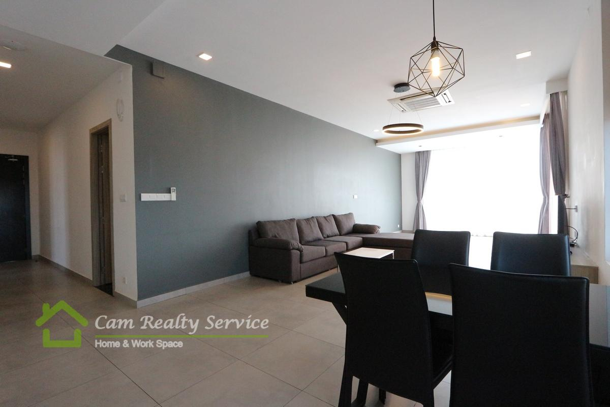 Toul Kork Area| Spacious 2 bedrooms serviced apartment available for rent 1200$/ month|Pool & Gym