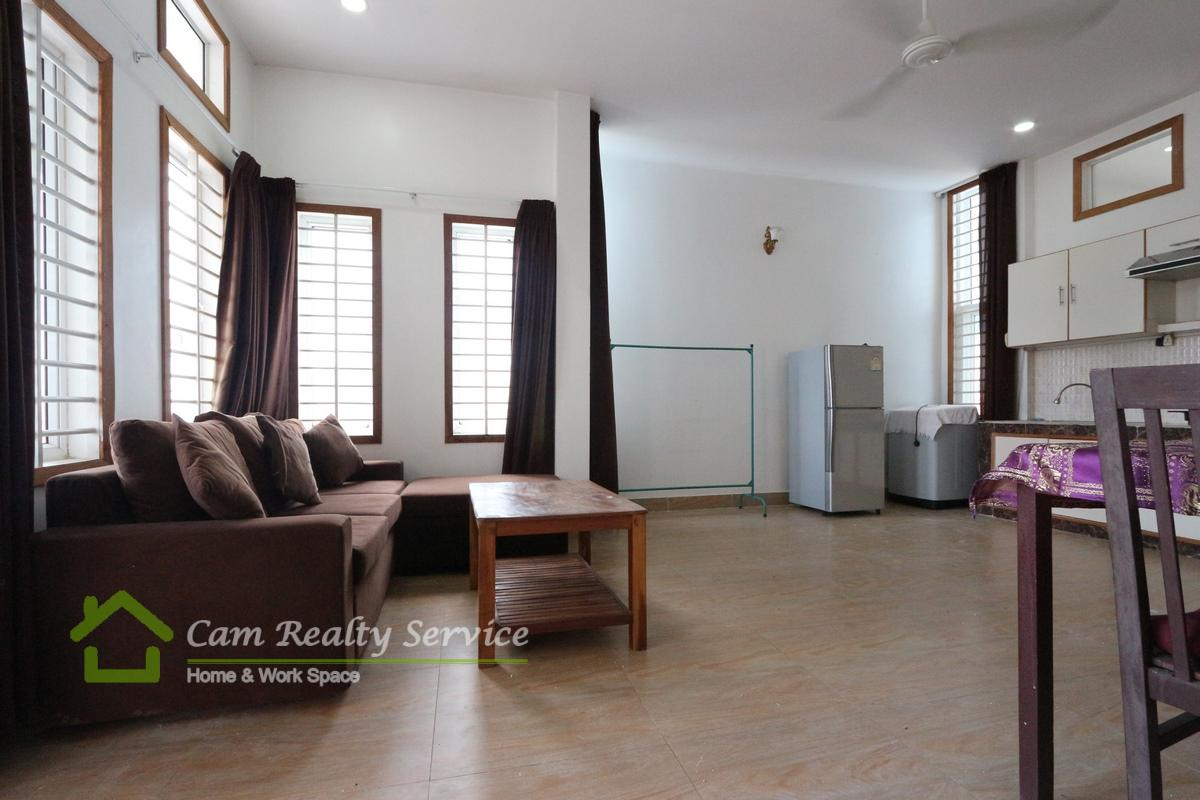Toul Sleng area  Very nice 2 bedrooms serviced available apartment for rent 500$/month Motor parking 