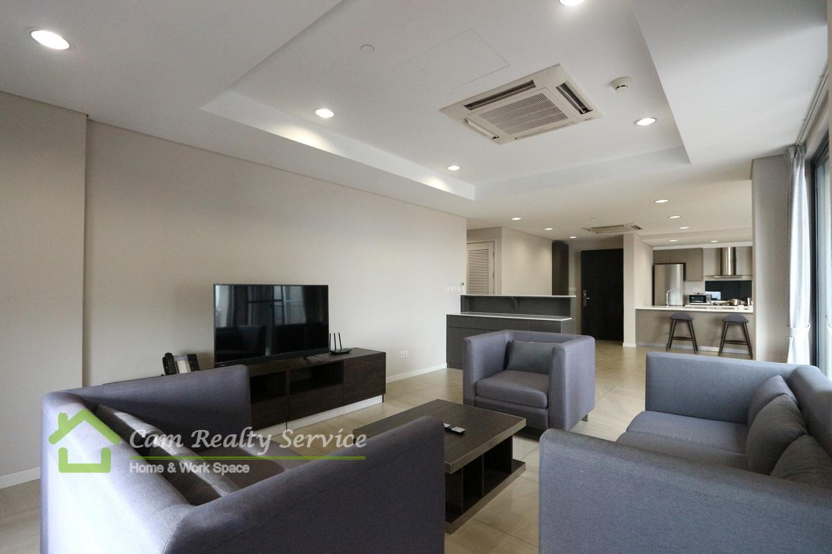 Toul Kork area| Spacious 3 bedrooms serviced apartment for rent 2800$/month| Garden, pool & Gym