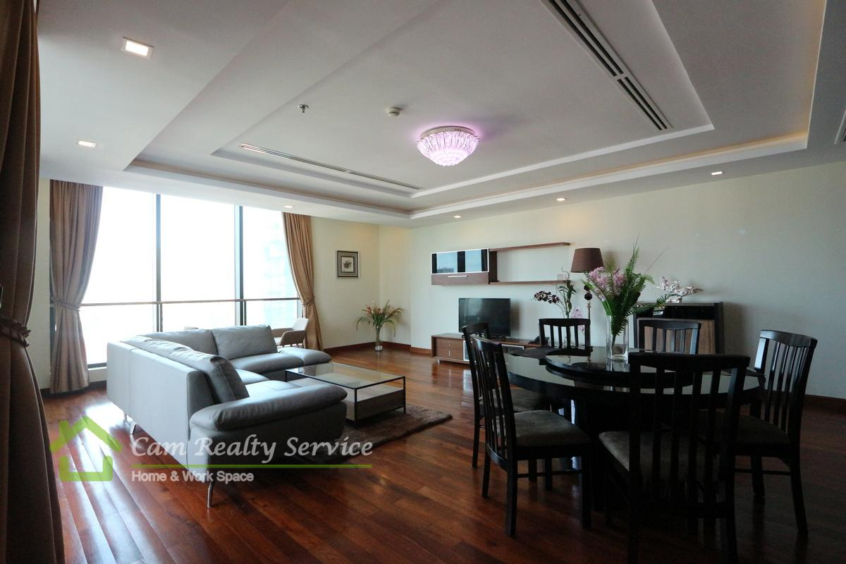 Southern BKK1| Spacious 4 bedrooms serviced apartment for rent| 2800$/month up| Pool, gym, steam & sauna