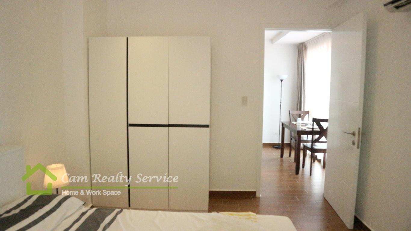 Western style 1 bedroom serviced apartment for rent in BKK1 Phnom Penh