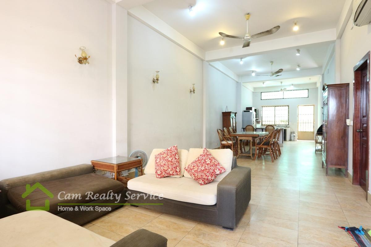 Russian Market area| Spacious 3 bedrooms town house available for rent 550$/month with Big balcony