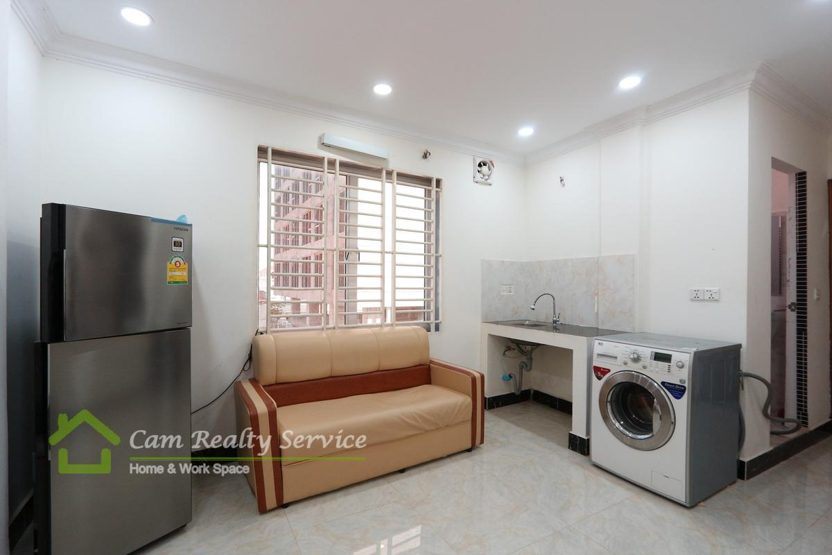 Central Market Area| Nice fully-furnished 1 bedroom apartment available for rent 250$/month| Elevator & Motor parking