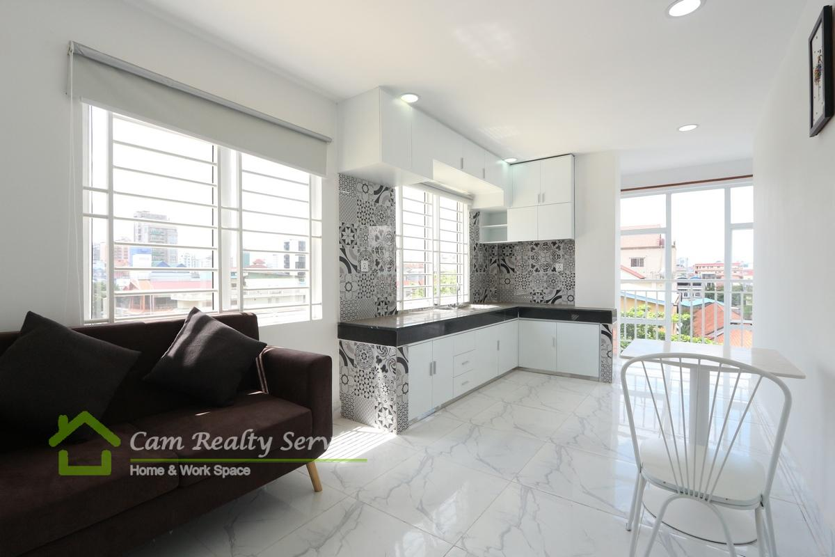 BKK3 area| Modern style 2 bedrooms serviced apartment available for rent 700$/month
