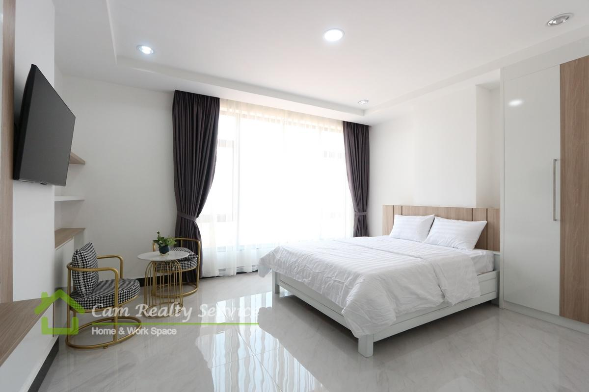 Olympic Stadium area  Modern brand new 1 bedroom serviced apartment available for rent 650$/month  Swimming pool & Gym