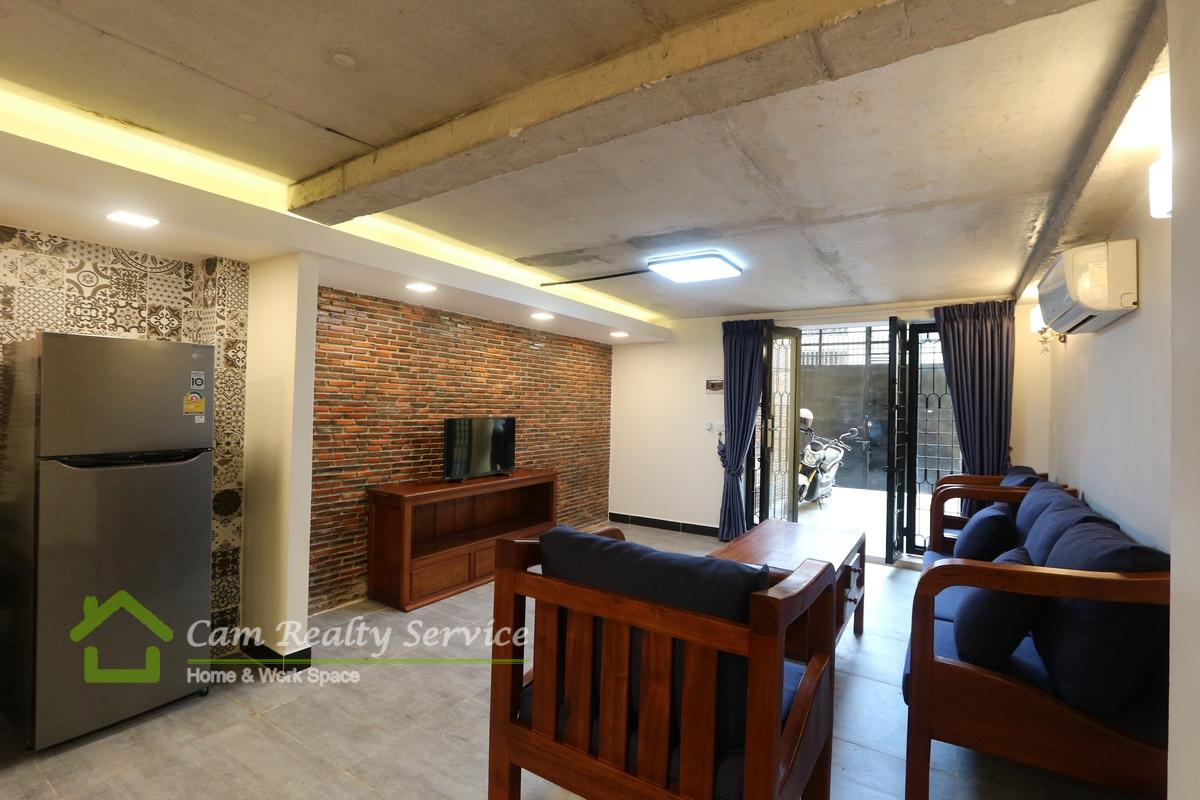 Toul Sleng area  Western style 1 bedroom renovated house available for rent 500$/month