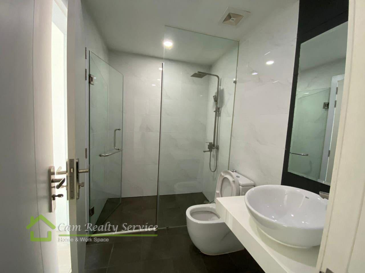 Apartment for rent in BKK1-1